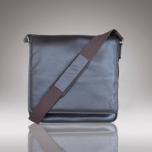 Baudin Brown Messenger